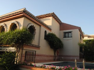 Villa de Lujo cerca de la playa//Luxury Villa next to the beach // 24 persons