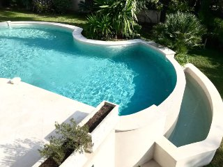 Villa 2 min from sea with Private Pool, large garden, Cannes
