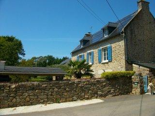 A 12' des plages de Guidel, 6 couchages dans une longere bretonne restauree