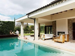 20% discount for EARLY BOOKINGS UP TO 60 DAYS  - Beautiful villa in Canyamel for