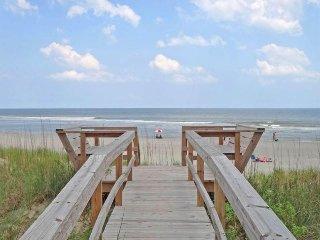 Beachouse Pawleys - Oceanfront