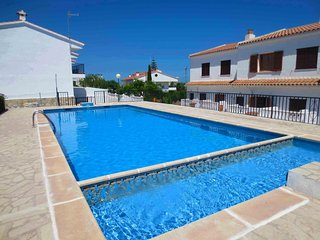 Peniscola: Apartamento con piscina.