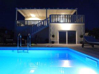 holiday house Anamarija