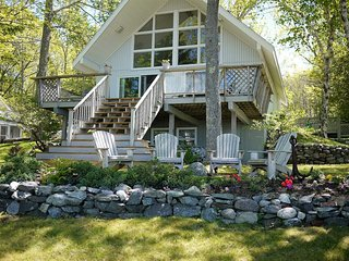 Cole Cottage  - waterfront chalet-style 4BR, with optional 2nd cottage near Bar