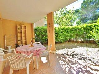 Cosy studio en rez-de-jardin dans résidence sécurisée avec piscine et gardien