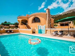 3 bedroom Villa in Calpe, Valencia, Spain : ref 2402915