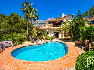 7 bedroom Villa in Bernia, Valencia, Spain : ref 2402912