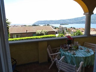 Margò 2 apartment in Verbania Suna with terrace in panoramic position