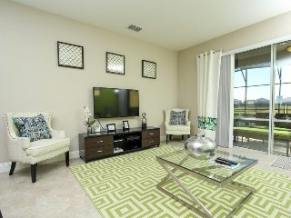 5 Bedroom 4.5 Bath Pool Home In Solterra Resort. 5128OA