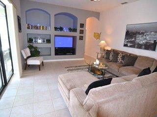 Luxury 5 Bedroom Pool Home Near Disney. 429CR