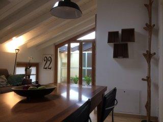 Casa Vacanza - Luminoso bilocale in centro Appiano Gentile curato nei dettagli