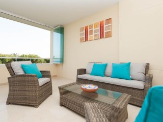 Cabopino - Frontline beach 3 bedroom family apartment