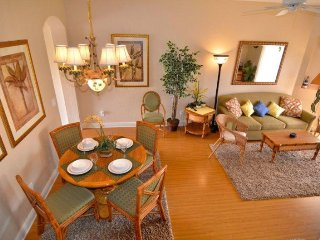 3244CA. Lovely Updated 4 Bed 3 Bath Townhome in Regal Palms Resort
