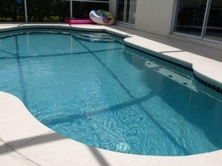 Deluxe 4 Bed 2 Bath Pool Home at The Manors, Westridge near Disney. 148GL