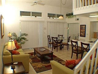 2 Bedroom 2 Bath Townhome at Mango Key Near the Attractions. 3163LB