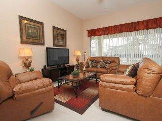 7766TS. Classy 5 Bedroom 5 Bath Pool home in Windsor Hills That Sleeps 12