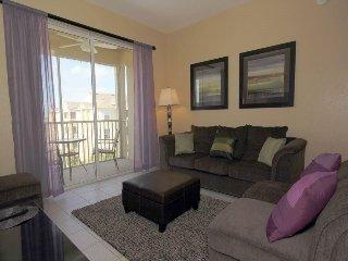 Beautiful 3 Bedroom 2 Bath Condo with a View. 2813AL-403
