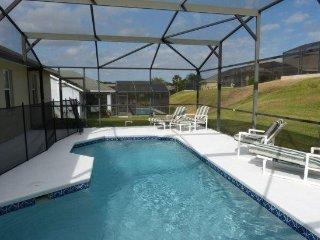 Disney Area 5 Bedroom 3 Bath Pool Home in Tuscan Ridge. 306MD