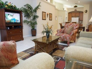 Professionally Decorated 4 Bed 3 Bath Pool Home. 947BC