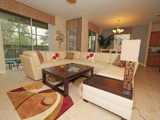 6 Bedroom 5 Bath Pool Home in Paradise Palms. 8953CUBA