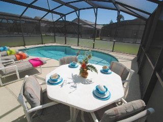 Sandy Ridge 3 Bedroom 3 Bath Pool Home. 320EP