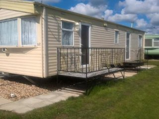 8 Berth, 3 Bedroom static caravan in Mablethorpe