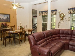 2805SHC. Orlando Golf Resort 3 Bedroom Vacation Home