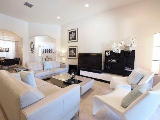 Stunning 5 Bedroom 4 Bath Solterra Resort Pool Home. 4079OD