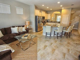 Stunning 5 Bed 4.5 Bath Pool Home in Solterra. 5368OA