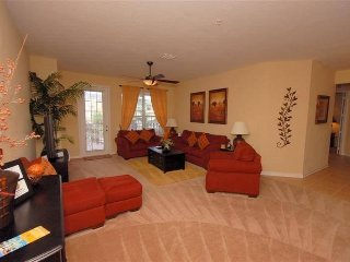 Luxurious 3 Bedroom Condo Next to the Orange County Convention Center. 5048SL-30