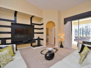 600BD. Modern 5 Bedroom 3 Bath Luxury Pool Home in Highlands Reserve