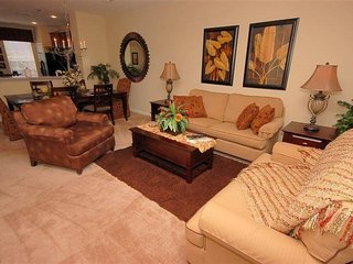 3 Bed Vista Cay Resort Townhome Next To The Orange County Convention Center
