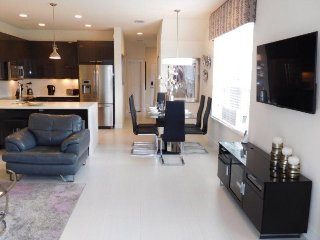 Modern 3 Bed 3 Bath Town Home with Splash Pool in Serenity. 1521TA