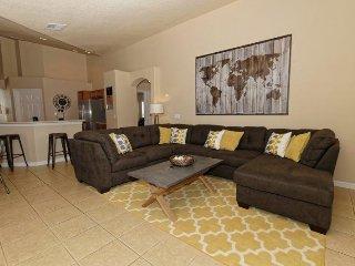 Luxury 4 Bedroom 3 Bathroom Pool Home in Orange Tree. 15830RHL