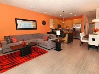 3 Bed 3 Bath Town Home with Splash Pool and Balcony. 17413PA