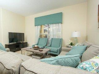 4 Bed 3 Bath Paradise Palms Resort Townhome. 8957SPR