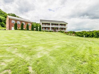 NEW! 2BR Thompson's Station Apt Home on 12 Acres!