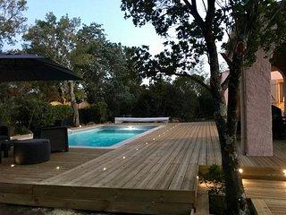 Villa et piscine chauffée à Porto-Vecchio