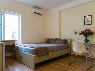 Lotus House Serviced apartment_$335/month, $100/week