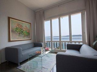 Appartamento in centro storico direttamente sul Lago