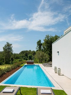 Modern Villa Santa Marina, Swimming Pool, Jacuzzi, BBQ, 6+2 people