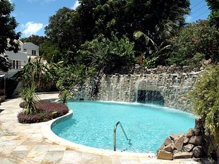 4 bed Mullins Bay House + Private Pool