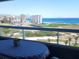 Apartments on the second line with outstanding sea views