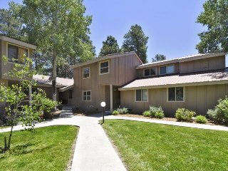 Pines 4039 is a 3 bedroom,2 bath vacation condo in Pagosa Springs.