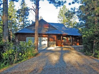Capitan is a beautiful vacation home in Pagosa Springs backing up to the