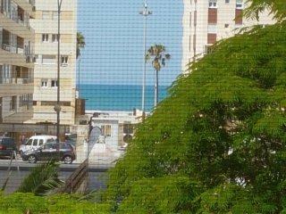 Apartamento en Cadiz, menos de 200m de la playa
