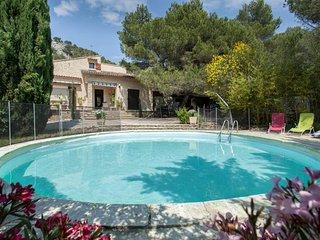 Propriete de charme Luberon piscine chauffee parc 3 hectares paysage arbore