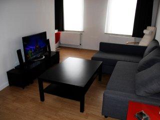 Zonnig nieuw ingericht appartement