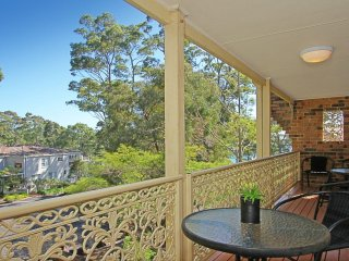 1/3 Edgewood Place The perfect Complex