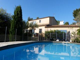 Bandol studio avec piscine pour 4 personnes